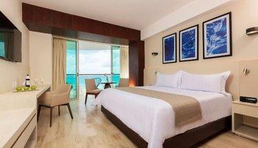 Quarto Hotel Krystal Grand Punta Cancún Cancún