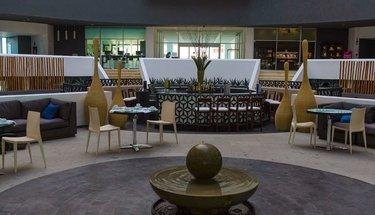 Lobby bar Hotel Krystal Grand Punta Cancún Cancún